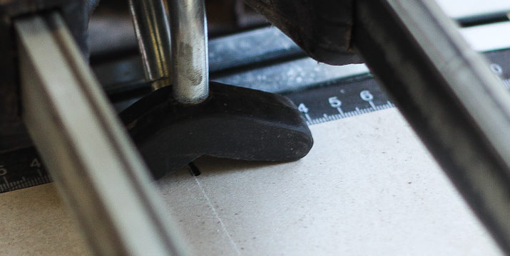 Maszynka do glazury. Jak ciąć płytki ceramiczne?